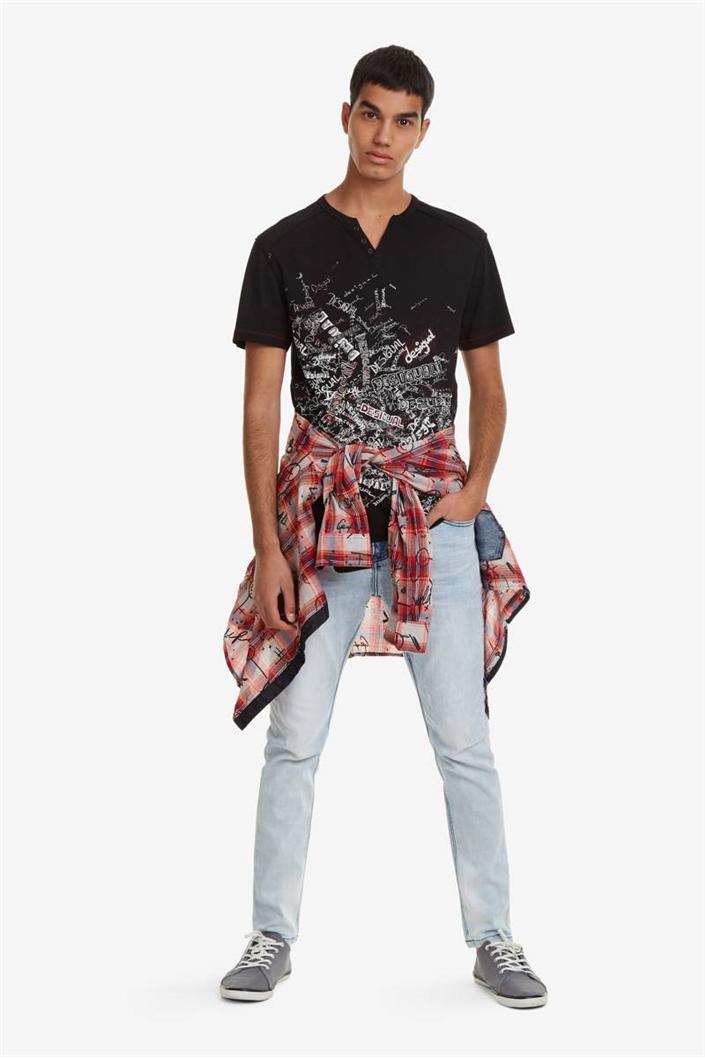 tričko Desigual Ralf negro